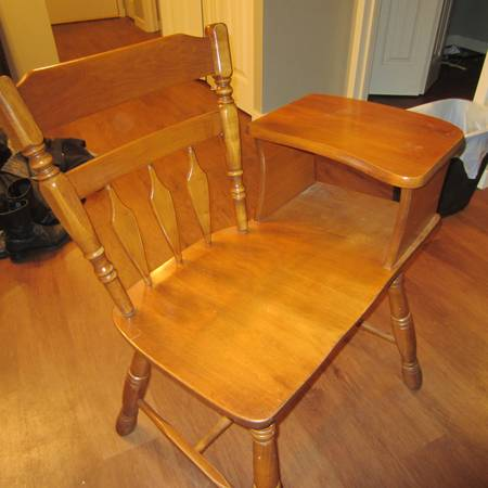 Broyhill Computer Chair For Sale
