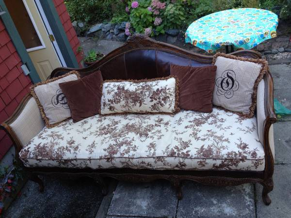 Beautiful, large leather and wood couch - $1000 (Fernwood)