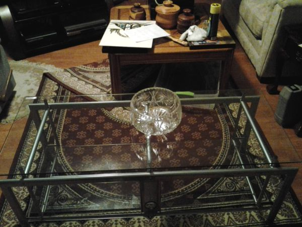 Z-line designs glass tv stand REDUCED125 OBO - $125 (Saanich)