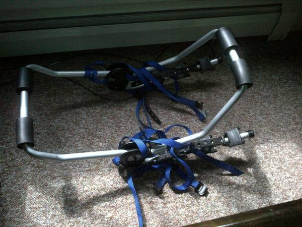 Thule 962xt Speedway bike rack for sale. - $100 (Victoria)