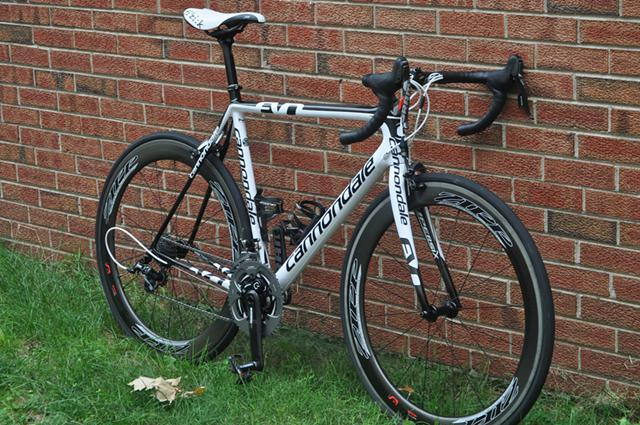 $2,400, 2012 56cm Cannondale Super Six EVO Carbon Road Bike ZIPP 404 Firecrest Sram Red Quarq