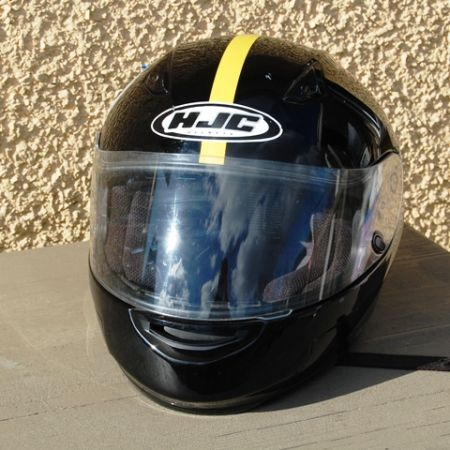HJC Motorcycle Scooter Helmet Size L hardly used almost new condition - $75 (Cedar Hill)