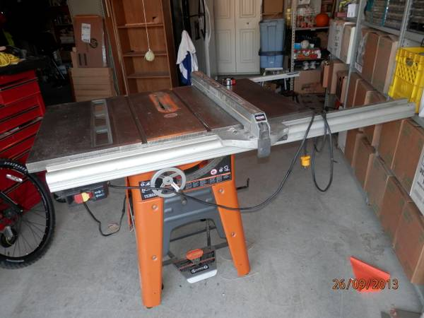 10 Ridgid Table Saw TS3650 - $375 (Langford)