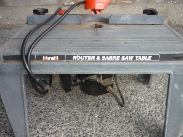 Black and Decker Router and Sabre Saw Table - $50 (Saanich)