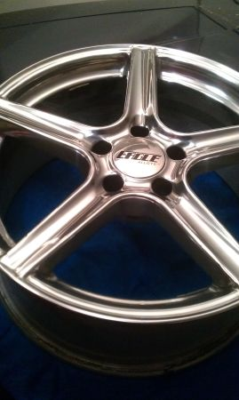 set of 4, 18 Eagle Alloy Rims - $450 (Victoria city)
