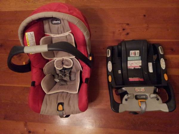 Chicco Keyfit infant carseat -   x0024 40  shawnigan lake
