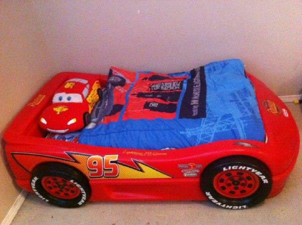 Lightning Mcqueen Car bed - $250 (Langford)