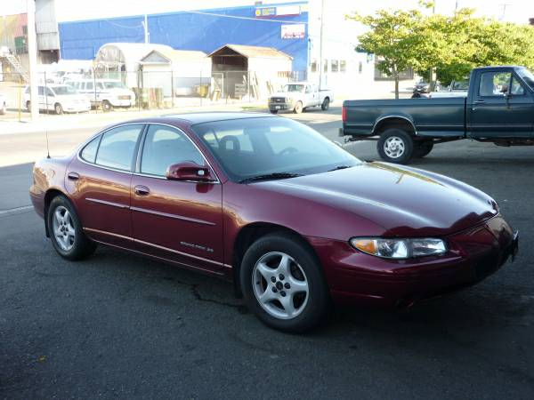 2000 Pontiac Grand Prix - Local One Owner - No Accidents Only 76km - $3995 (Malibu Motors)