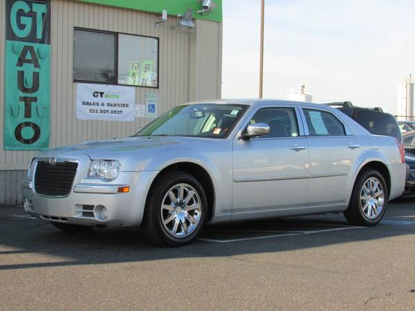 2010 Chrysler 300 Limited Factory Chrome Wheels (GT AUTO SALES, TACOMA)