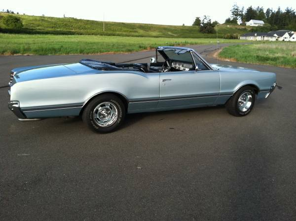 1966 OLDS CUTLASS CONVERTIBLE 455c.i. 4-Speed - $22800 (Port Angeles)
