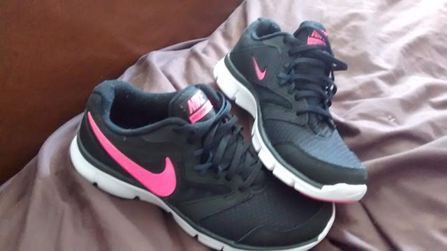 50  Brand new womans Nike running shoes high tops
