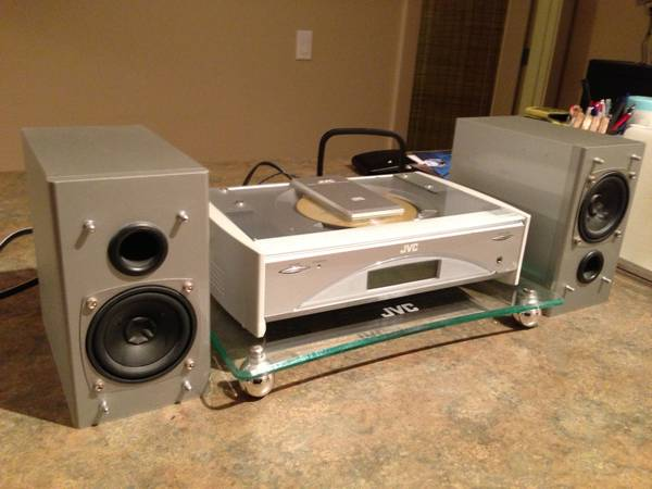 JVC Compact Component CD Stereo System FS-SD5 - $150 (Victoria)