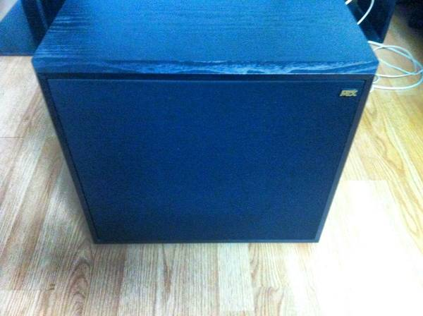 MTX PSW 101B 12 Powered Subwoofer - $40 (Victoria)