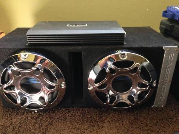 2-10 Alpine Type S Subs We 1000watt Amp  Box - $250 (Duncan)