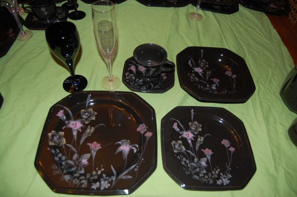 Mikasa Ebony Meadow China and glassware 79 pieces - $700 (Shawnigan Lake)