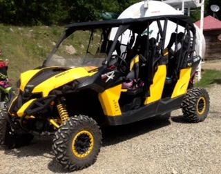 19 900  2014 Can-Am Maverick Max X Dps