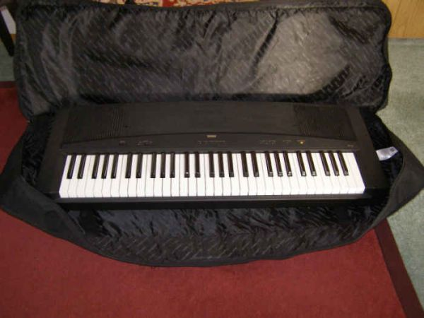 Yamaha keyboard YPP 15 with case - $175 (Glanford area)