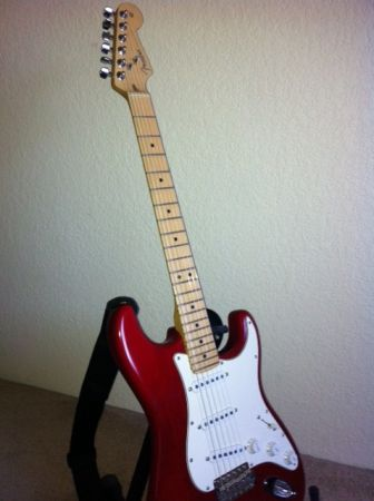 Fender American Standard Stratocaster - $800 (Downtown)