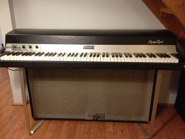 Rhodes Electric piano Mark 1 Suitcase 88 - $2000 (Vancouver)