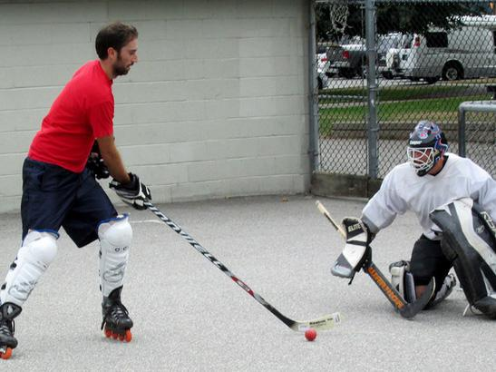 Roller Hockey Players Wanted for Ultra Fun Informal Pickup Games Ambleside - North Shore
