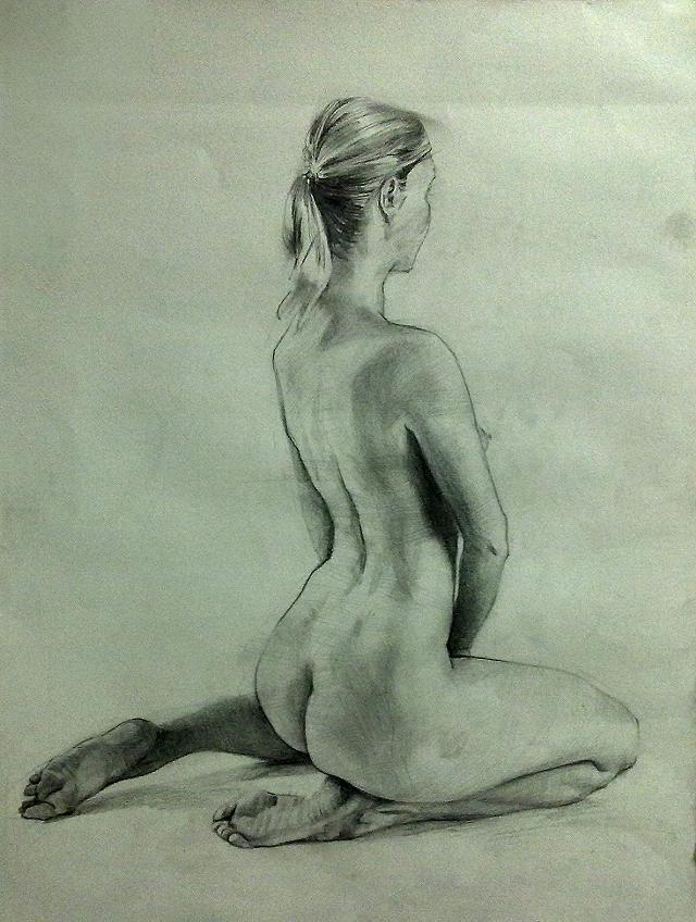 Female model needed for figure drawing  400