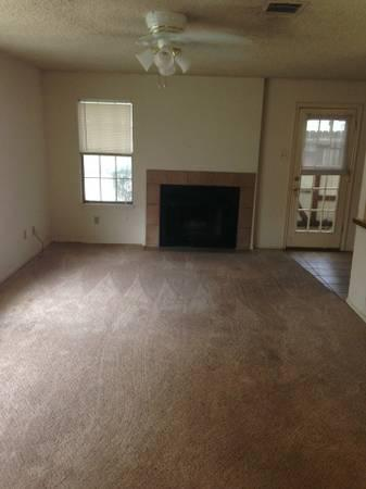 611  1br  Really nice 1 bedroom1 bath condo in gated community