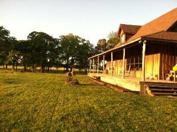 2br - Country oasis on 15 acres, yet only 15 miles from Kyle Field (Bryan)