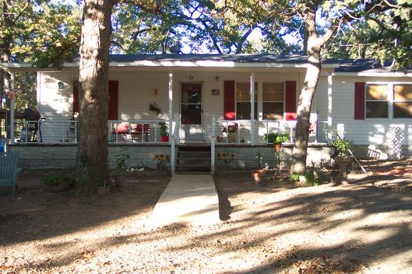 - $79900 2br - 1400ftsup2 - for sale a country home (buffalo,tx)