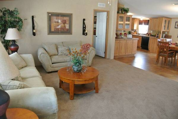 3-BEDROOM  2-BATH OAK CREEK (GRANBURY TX)