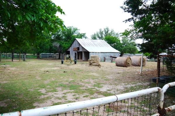 - $89500 5.295 Acre Horse Property in Waco (511 Buster Chatham Rd., Waco TX 76705)