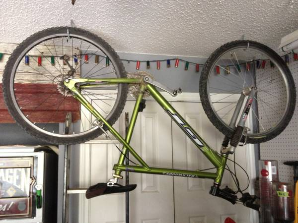 Gt backwoods mountain bike - $200 (WacoChina Spring)