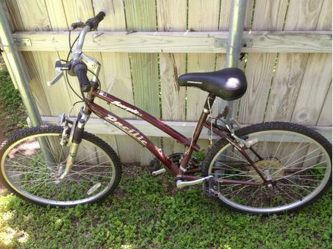 Pacific Scorpio 21 speed mtn. Bike - $40 (Hewitt)