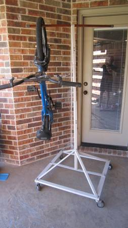 Harbor Freight Bike Rack - $25 (woodway)