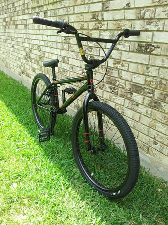 2010 Sunday Model C bmx cruiser - $380 (temple)