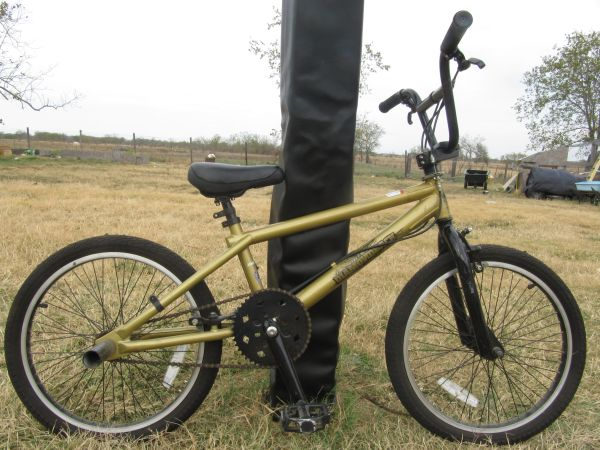 Diamondback, Mongoose, and Pacific 20 Bikes for Sale - $60 (China Spring, TX)