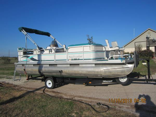 PRICE REDUCED 21-0 BEACHCOMBER PONTOON BOAT - $9500 (china spring)