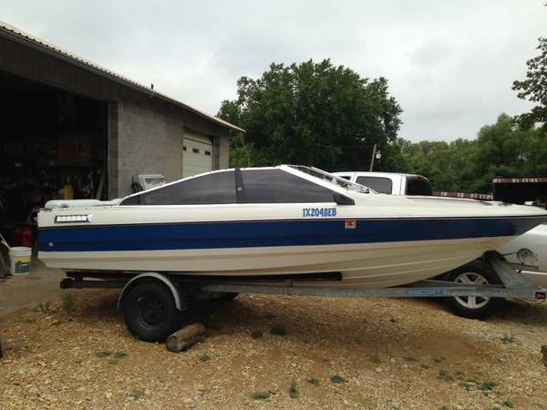 88 Bayliner Capri 17.5 Ft - $4000 (Hewitt Tx)