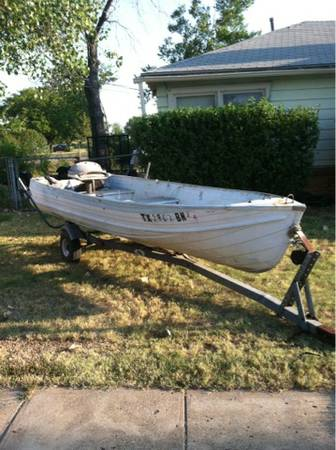 14ft aluminum boat on trailer - $250