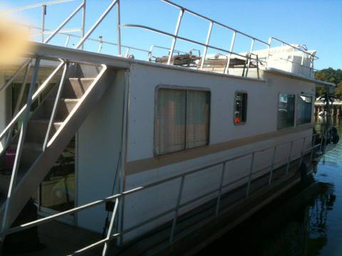 1985 Houseboat - $30000 (Lake Waco Marina)