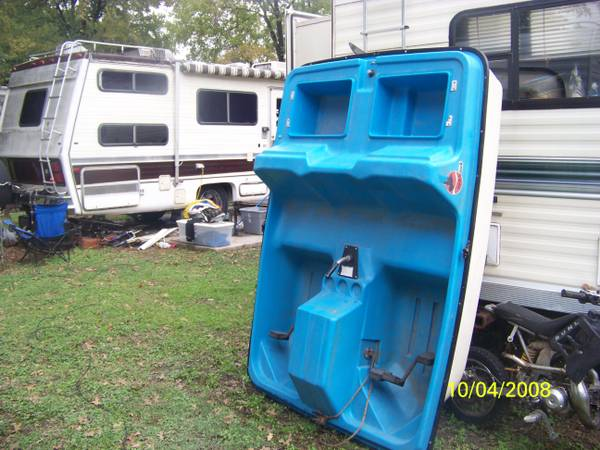 2person paddleboat - $350 (lacylakeview waco)