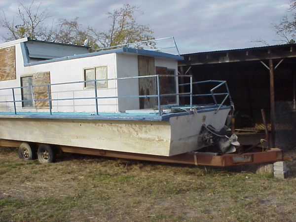 Houseboat Trailer - $1500 (Lake Whitney Marina)