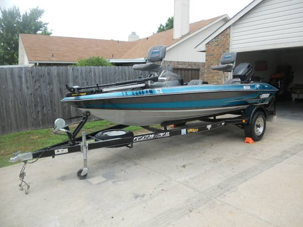 98 stratos 17ft bass boat 90hp evinrude lake ready nice inout - $4700 (mesquite tx)