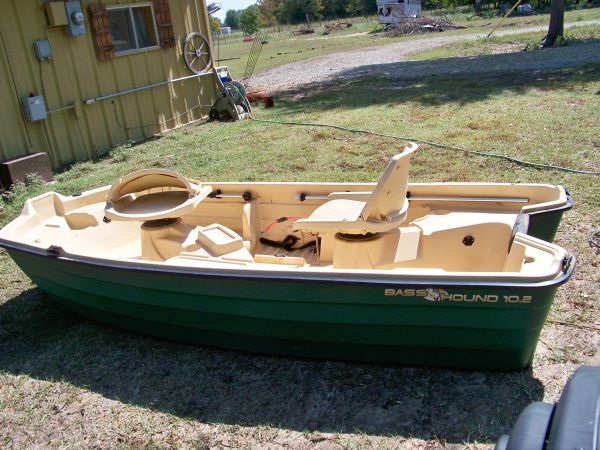 Bass Hound, pond boat, crappie 2man boat - $750 (corsicana area)
