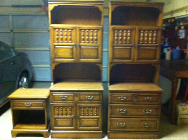 Kling Colonial Furniture For Sale