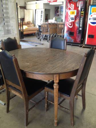 Wood Table Set - $125 (Waco Habitat for Humanity ReStore)