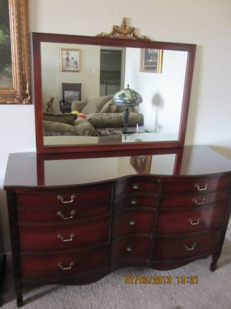 Vintage Bedroom set by Dixie furniture, very good condition - $850 (WacoHewitt)