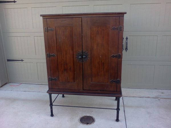 Pier One TV Armoire - $90 (China Spring, Tx)
