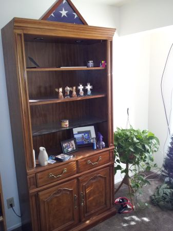 broyhill entertainment center and shelves - $200 (Waco)