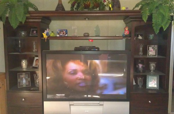 Ashley red oak wood entertainment center w big screen tv - $2000 (Lacy Lakeview)
