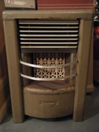 Several 4 Radiant Dearborn space heater - $105 (Woodway)